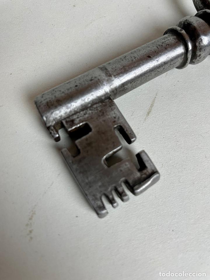 Antigüedades: Llave de forja, siglo XVII - Foto 6 - 278828888
