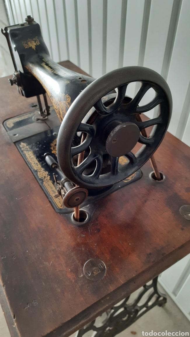 Antigüedades: Maquina de coser Singer - Foto 3 - 278829328