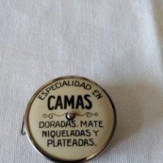 Antiguidades: ANTIGUA CINTA METRICA PUBLICIDAD FABRICA DE CAMAS FROILAN SOLANS. Lote 278835468