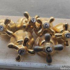 Antigüedades: LOTE DE 6 GRIFOS DE EMPOTRAR DE AGUA FRÍA Y CALIENTE -. Lote 278979713