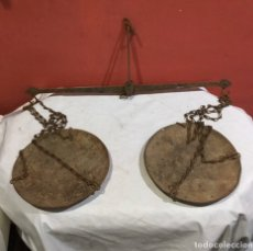 Antigüedades: ANTIGUA BALANZA ROMANA . VER FOTOS. Lote 279382773