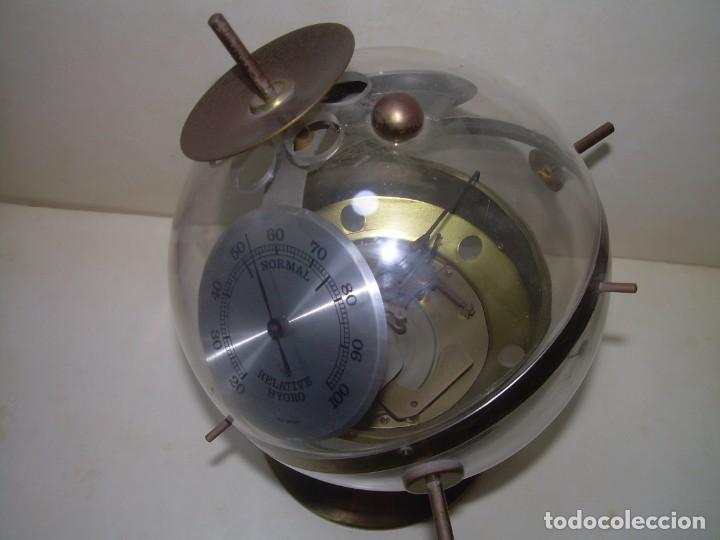 Antigüedades: SPUTNIK.ESTACION METEOROLOGICA,HIGROMETRO,BAROMETRO TERMOMETRO.ETC. - Foto 9 - 279566293