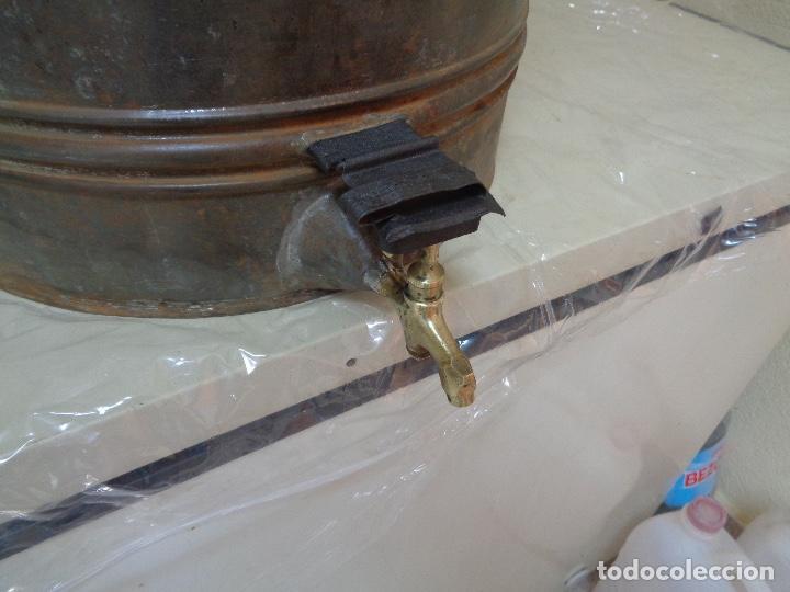 Antigüedades: gran aceitera de zinc principios siglo XX - Foto 3 - 280185418