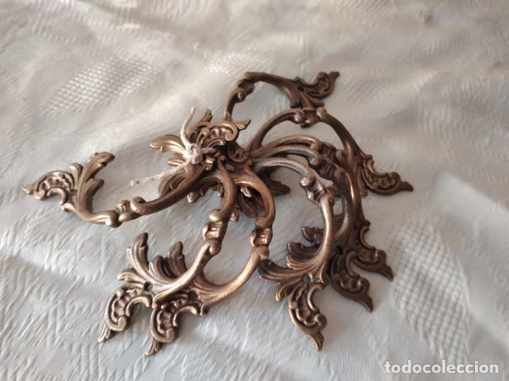 Antigüedades: Lote de 8 tiradores de bronce, muy decorativos y funcionales. - Foto 7 - 280730798