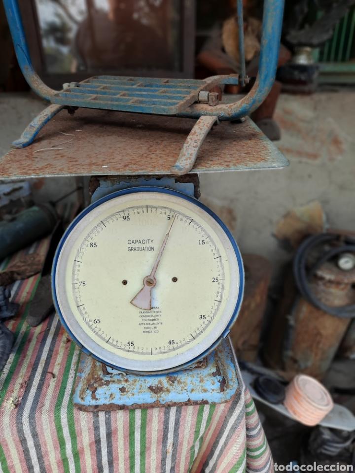 Antigüedades: Pequeña máquina de coser con pie de juguete - Foto 9 - 282173023