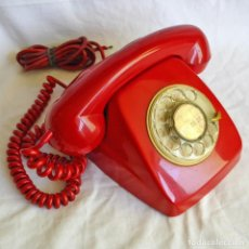 Teléfonos: TELÉFONO ROJO ESPAÑOL AÑOS 70. Lote 282498858