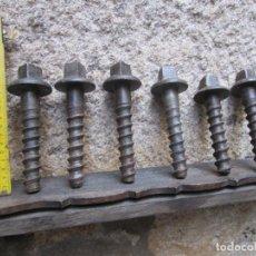 Antigüedades: FERROCARRIL - LOTE 6 CLAVOS DE FIJAR RAILES DE TREN A TRAVIESAS DE MADERA - COMBOIOS PORTUGAL + INFO. Lote 282992968