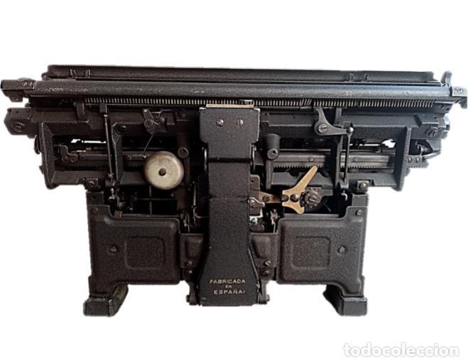 Antigüedades: MAQUINA ESCRIBIR HISPANO OLIVETTI, años 40 funciona - Foto 6 - 283209213