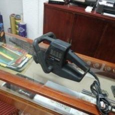 Antigüedades: SIERRA ELECTRICA, DE MANO BLACK DECKER. Lote 283292418