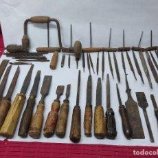 Antigüedades: LOTE DE 52 HERRAMIENTAS DE CARPINTERIA FORMONES LIMAS BROCAS TALADRO Y DEMAS UTENSILIOS VER FOTOS. Lote 283375258