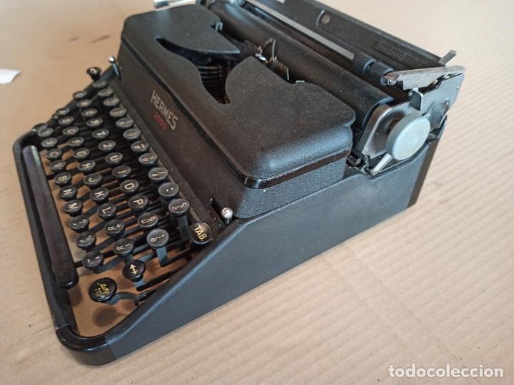 Antigüedades: Máquina de escribir HERMES 2000 suiza - Foto 3 - 283643328