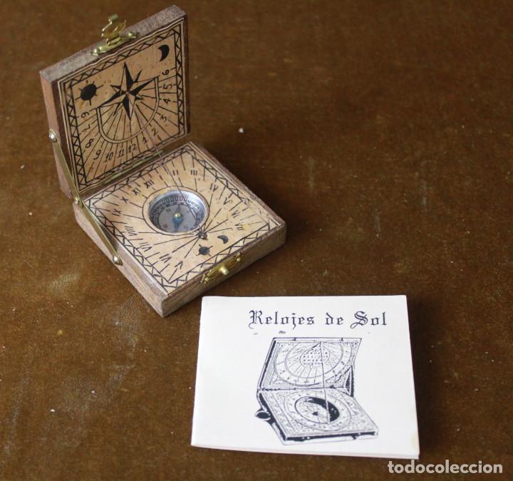 Antigüedades: Brujula en pequeña caja de madera. - Foto 4 - 278234803