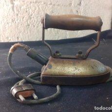Antigüedades: PLANCHA ELECTRICA DE TINTORERO. Lote 284175803