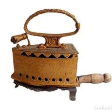 Antigüedades: PLANCHA CARBÓN S XIX INSCRIPCION FABRICANTE. Lote 284564588