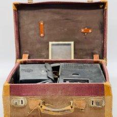 Antiquités: ANTIGUAS GRABADORAS EN MALETA. Lote 284648508