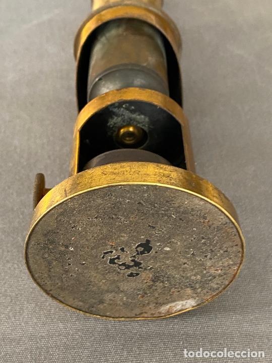 Antigüedades: MICROSCOPIO DE ESTUDIANTE MONOCULAR , VIAJE , INSTRUMENTO CIENTIFICO .INCOMPLETO - Foto 2 - 285111628