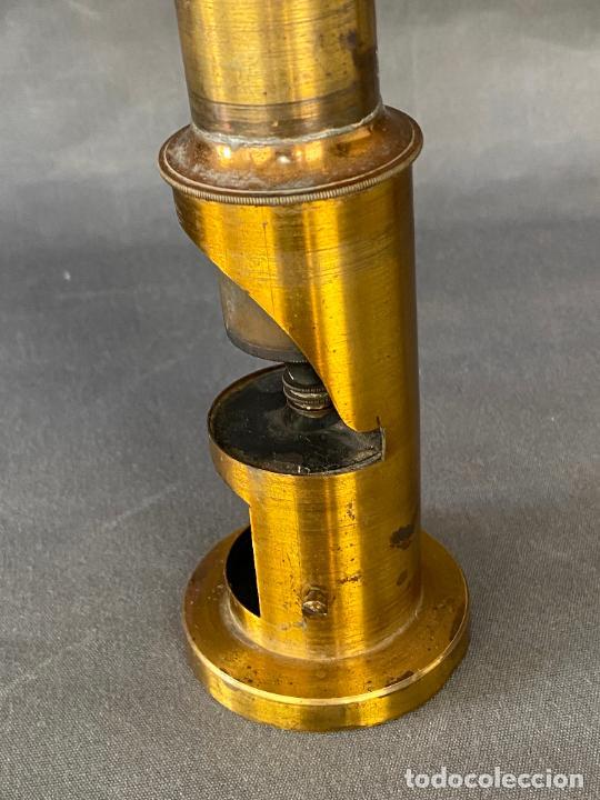 Antigüedades: MICROSCOPIO DE ESTUDIANTE MONOCULAR , VIAJE , INSTRUMENTO CIENTIFICO .INCOMPLETO - Foto 3 - 285111628