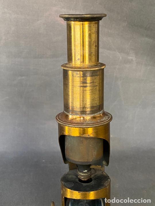 Antigüedades: MICROSCOPIO DE ESTUDIANTE MONOCULAR , VIAJE , INSTRUMENTO CIENTIFICO .INCOMPLETO - Foto 6 - 285111628