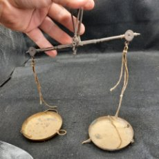 Antiquités: ANTIGUA PESA ROMANA DE LONDRES PARA PESAR ORO. Lote 285143093