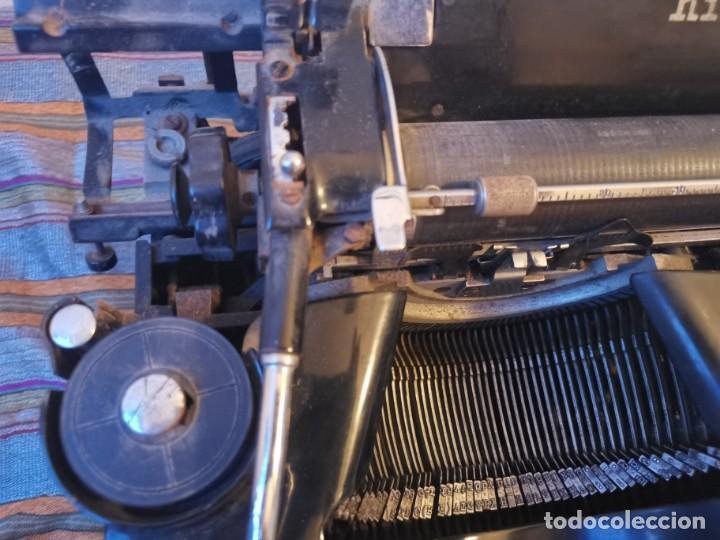 Antigüedades: ANTIGUA MAQUINA DE ESCRIBIR HISPANO OLIVETTI HO M40 AÑOS 30 HIERRO. FUNCIONA. SOLO PUESTA A PUNTO - Foto 23 - 285814058