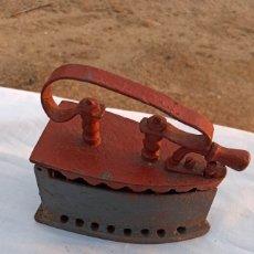 Antigüedades: PLANCHA DE CARBÓN. Lote 286446973