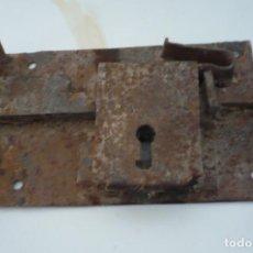 Antigüedades: CERRADURA ANTIGUA. Lote 286616623