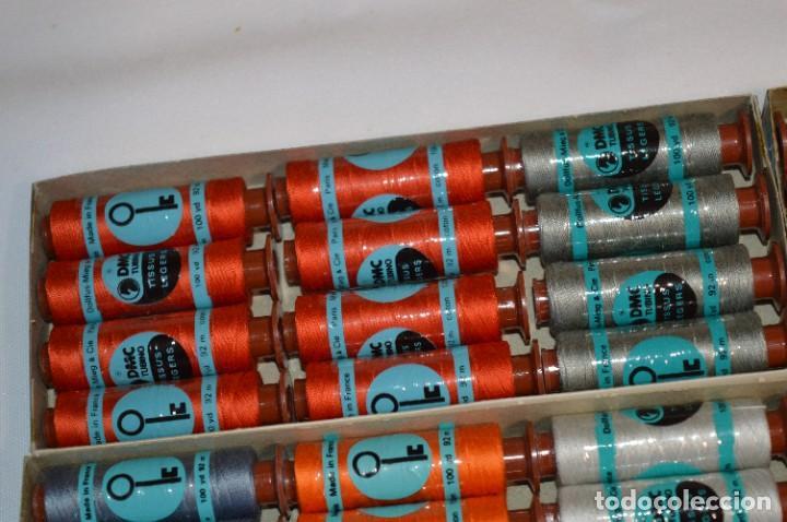 Antigüedades: 80 BOBINAS de HILO antiguas, sin uso / Muchos COLORES - DMC / DOLLFUS MIEG & CIE Paris -- Lote 01 - Foto 4 - 286870878