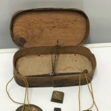 Oggetti Antichi: BALANZA PESA MONEDAS DEL SIGLO XVII 1676. VER FOTOS ANEXAS.. Lote 286923958