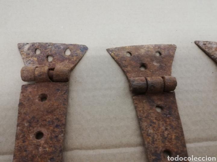 Antigüedades: ANTIGUAS BISAGRAS DE HIERRO FORJADO. SIGLO XVIII. VENTANA. PUERTA. PORTON. - Foto 2 - 287374663