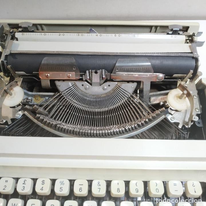 Antigüedades: MAQUINA DE ESCRIBIR ROYAL 202 Fabricada en Japon año 1977 - Foto 14 - 287428978