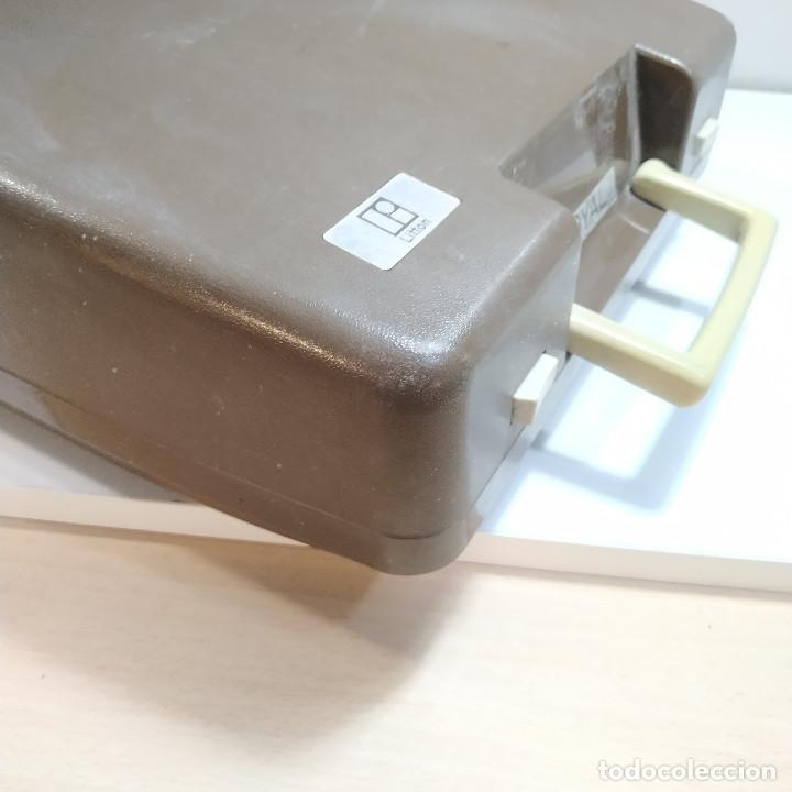 Antigüedades: MAQUINA DE ESCRIBIR ROYAL 202 Fabricada en Japon año 1977 - Foto 22 - 287428978
