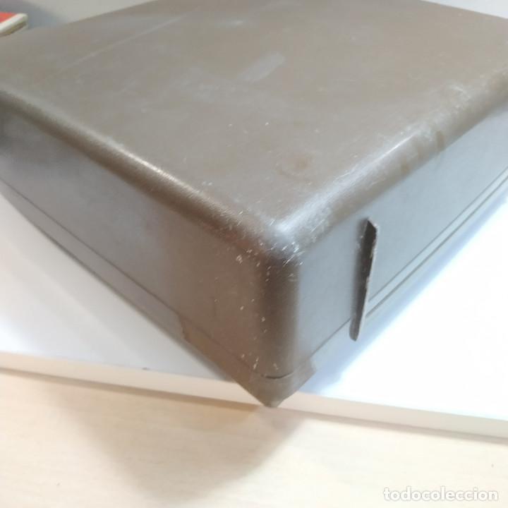 Antigüedades: MAQUINA DE ESCRIBIR ROYAL 202 Fabricada en Japon año 1977 - Foto 24 - 287428978