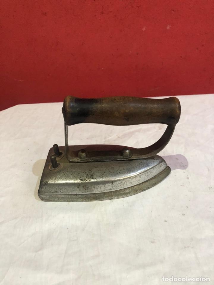 Antigüedades: Lote de 4 planchas de hierro antiguas - Foto 16 - 287454588