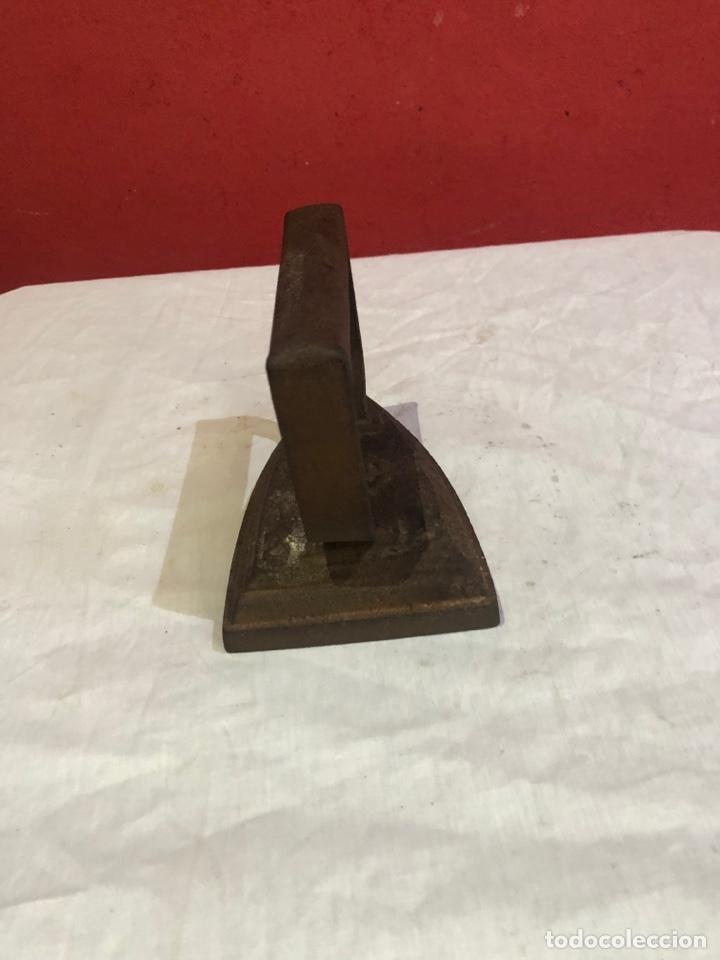 Antigüedades: Lote de 4 planchas de hierro antiguas - Foto 22 - 287454588