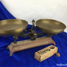 Antigüedades: MAGNIFICA BALANZA CON PESOS. Lote 287541888