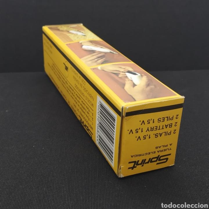 Antigüedades: Antiguas tijeras electricas a pilas años 70, marca SPRINT, fabricadas por VIAL, Barcelona (BLANCO) - Foto 5 - 287608683
