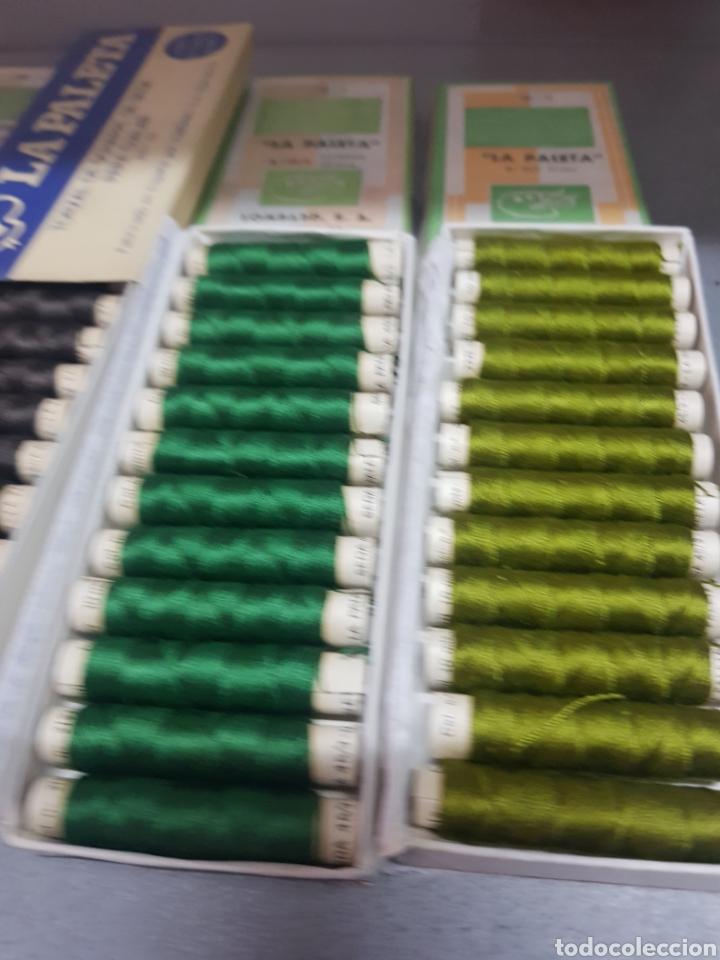 Antigüedades: Lote 13 cajas de La Paleta Torzal de seda ,tubos de 10m - Foto 3 - 287653233