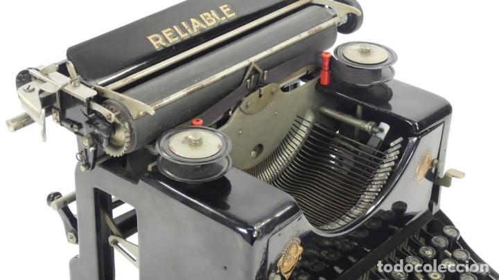 Antigüedades: Maquina de escribir RELIABLE AÑO 1921 Typewriter Schreibmaschine A Ecrire - Foto 6 - 287746823
