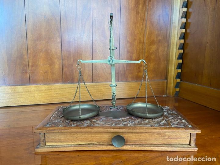 ANTIGUA BALANZA DE FARMACIA (Antigüedades - Técnicas - Medidas de Peso - Balanzas Antiguas)