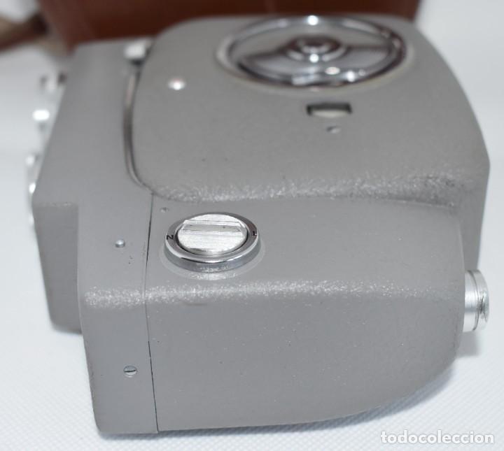 Antigüedades: EXTRAORDINARIA CAMARA, CINE A CUERDA DE 8 mm.ALEMANIA 1958..AGFA MOVEX AUTOMATIC +FUNDA. FUNCIONA - Foto 18 - 287902663