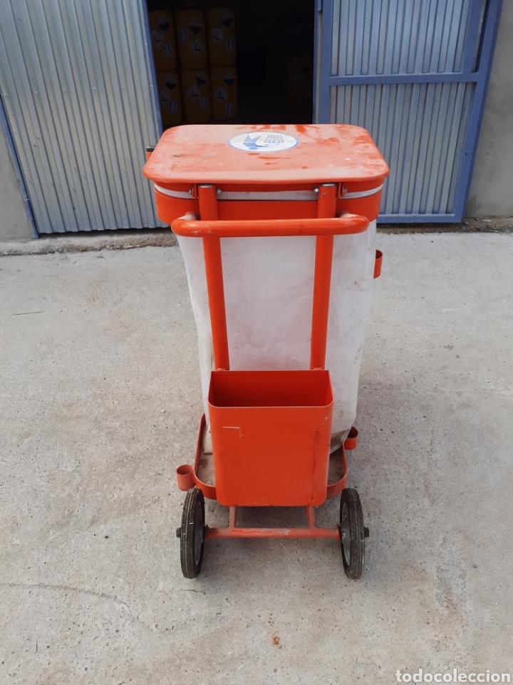 Antigüedades: Antiguo carro de barrendero - Foto 3 - 287959363