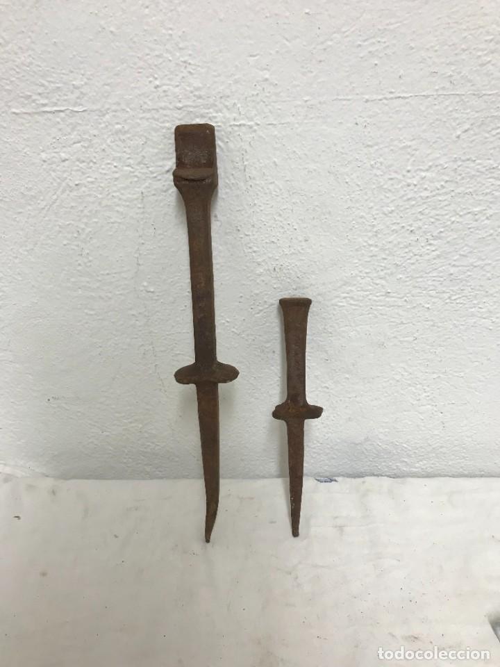 YUNQUES ANTIGUOS (Antigüedades - Técnicas - Herramientas Antiguas - Otras profesiones)