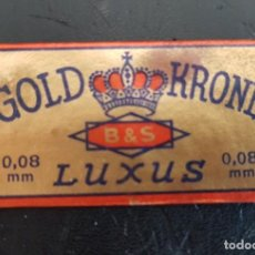 Antigüedades: HOJA DE AFEITAR ANTIGUA GOLD KRONE. FUNDA + HOJA. PERFECTA. Lote 288081218