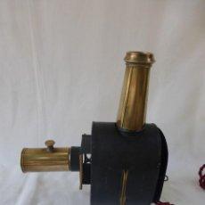 Antigüedades: ANTIGUA LINTERNA MAGICA METAL Y LATON S. XIX VISOR ADAPTADA ELECTRICIDAD / ANTIQUE MAGIC LANTERN. Lote 288141688