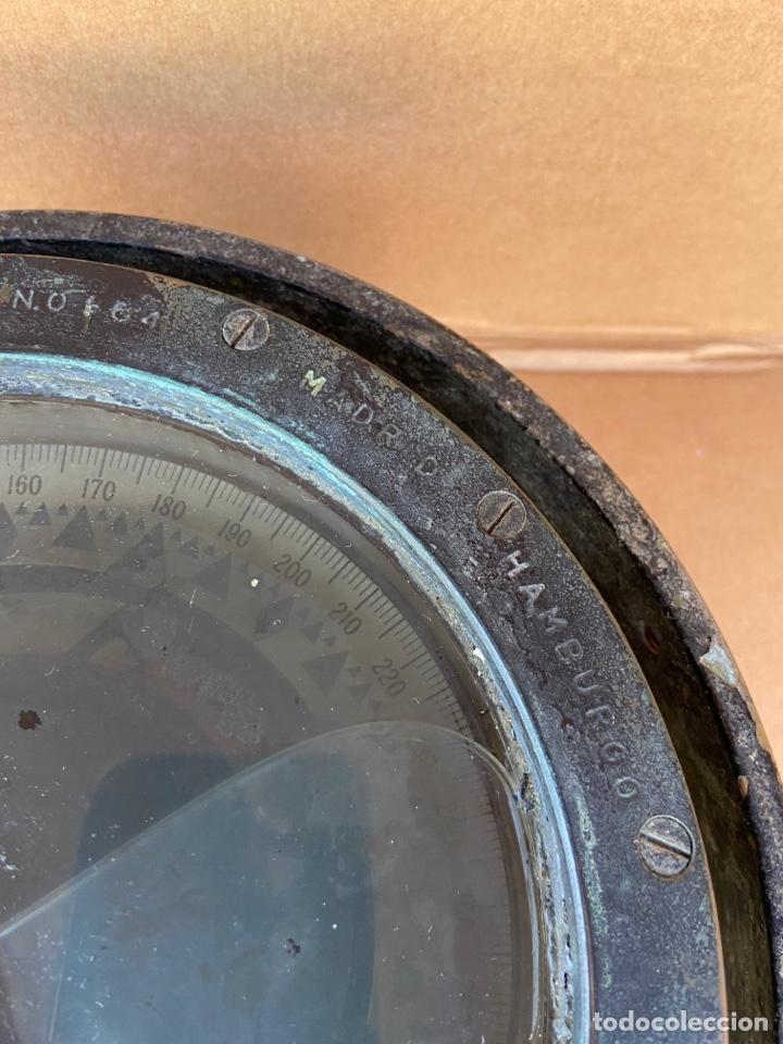 Antigüedades: Antiguo y original compás náutico de bitácora. Madrid Hamburgo, PLATH GEOMAR - Foto 3 - 288331288