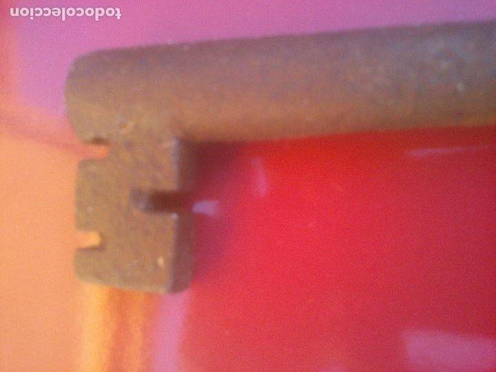 Antigüedades: ANTIGUA LLAVE HUECA DE FORJA .17 CM - Foto 6 - 288409038