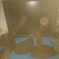 Antigüedades: DOS ANTIGUAS AZUELAS DE TONELERO SELLADAS. Lote 288443038