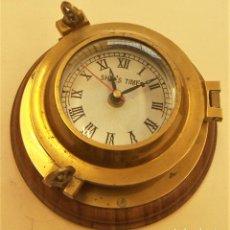 Antigüedades: RELOJ MARINO DE BRONCE CON PILA. Lote 288549068