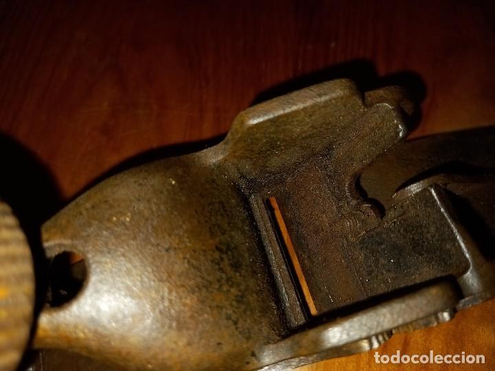 Antigüedades: CEPILLO CARPINTERO DE HIERRO Y FORJA PRINCIPIO SIGLO 19 PIEZA RARA, DE MUSEO ,ACEPTO OFERTAS - Foto 26 - 288568128