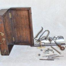 Antigüedades: CEPILLO METÁLICO RECORD 044 MADE IN ENGLAND COMPLETO Y 5 CUCHILLAS CON DESTORNILLADOR..... Lote 288724233